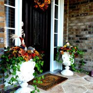 Fall entry decorating