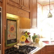 French Country Kitchen {sunflowers and roosters}