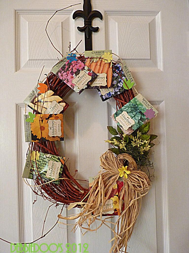 Diy summer wreath debbiedoos for Diy summer wreath