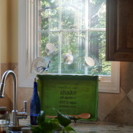 Stenciled recipe tray {Annie Sloan Antibes Green}