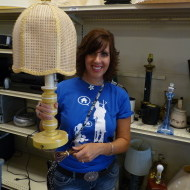 Vintage cane Lamp and shade makeover {Goodwill}