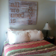 Diy wood pallet painted sign, painted kitchen cabinets and a diy pallet desk