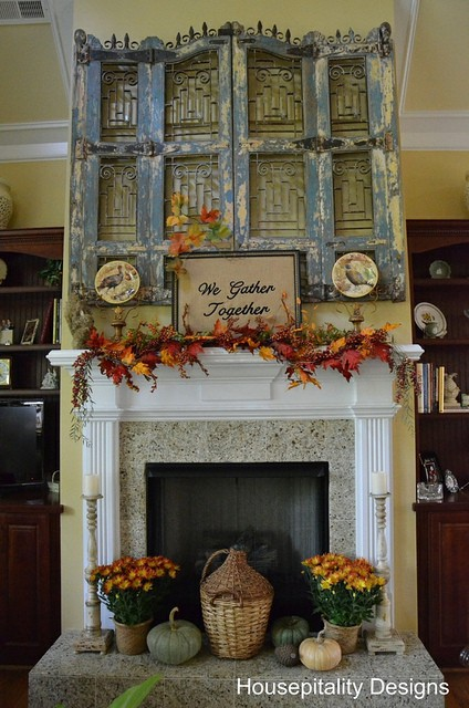 Fall Mantel Decorating Ideas Features Debbiedoo S