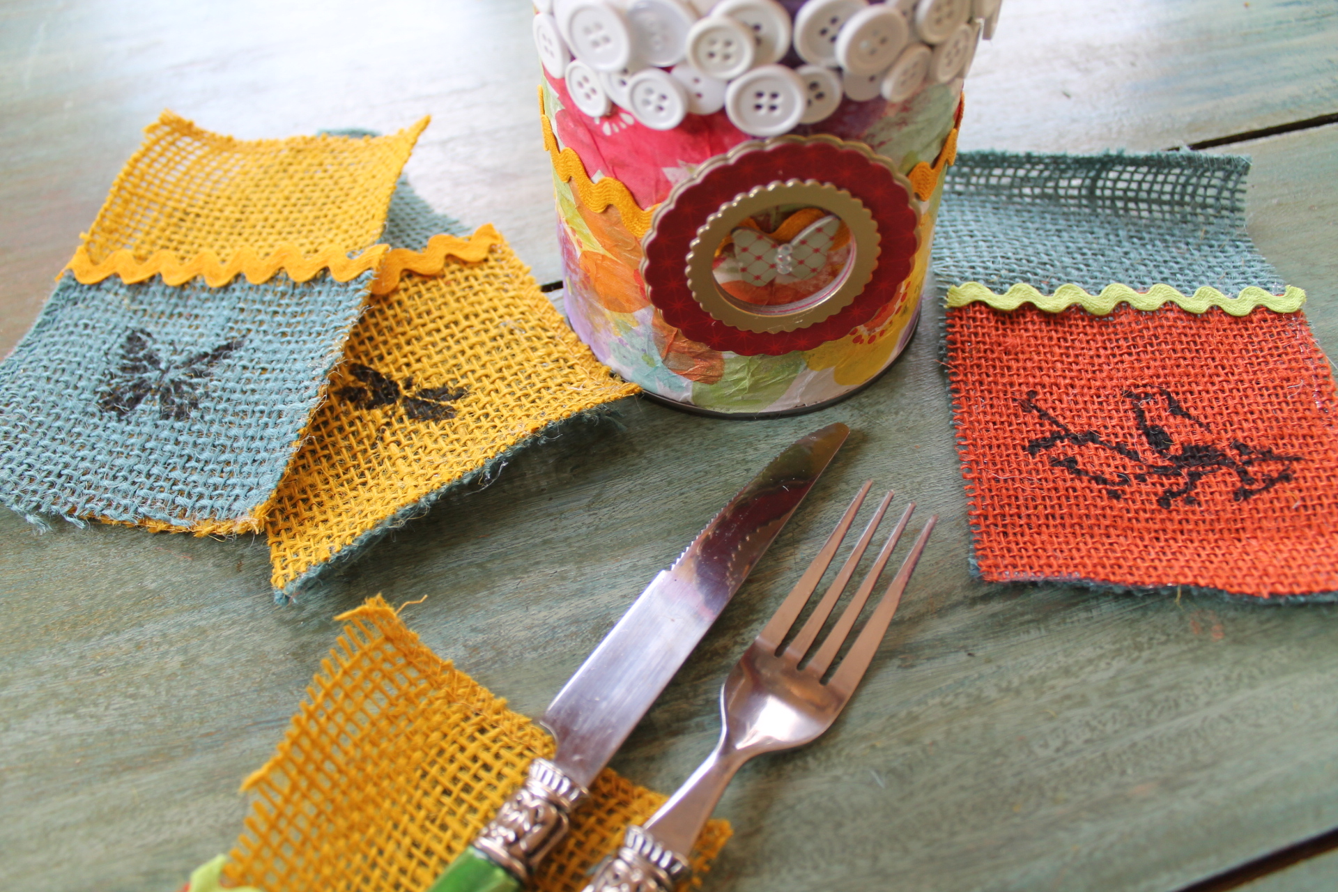 upcycled can with mod podge