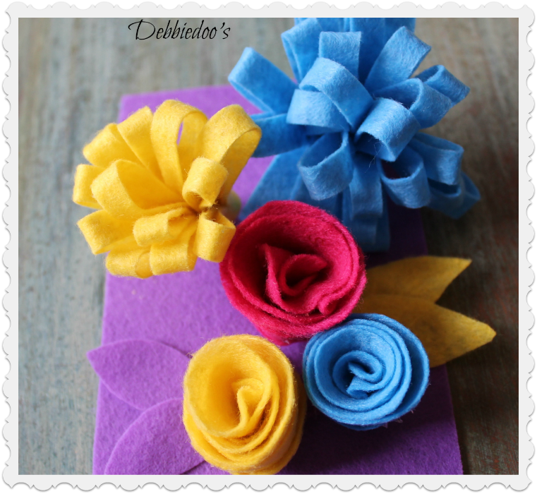 Felt-rosettes-and-flowers Learn how to make felt flowers