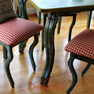 Gingham chairs 007