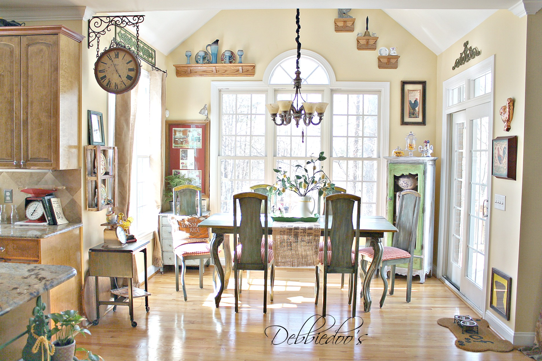 French Country Kitchen style Freshened up - Debbiedoos
