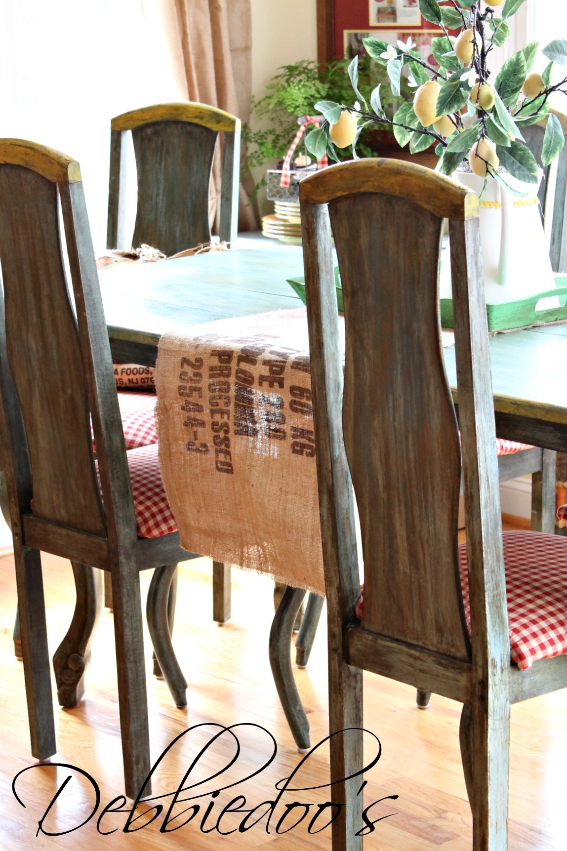 How to reupholster your chairs step by step