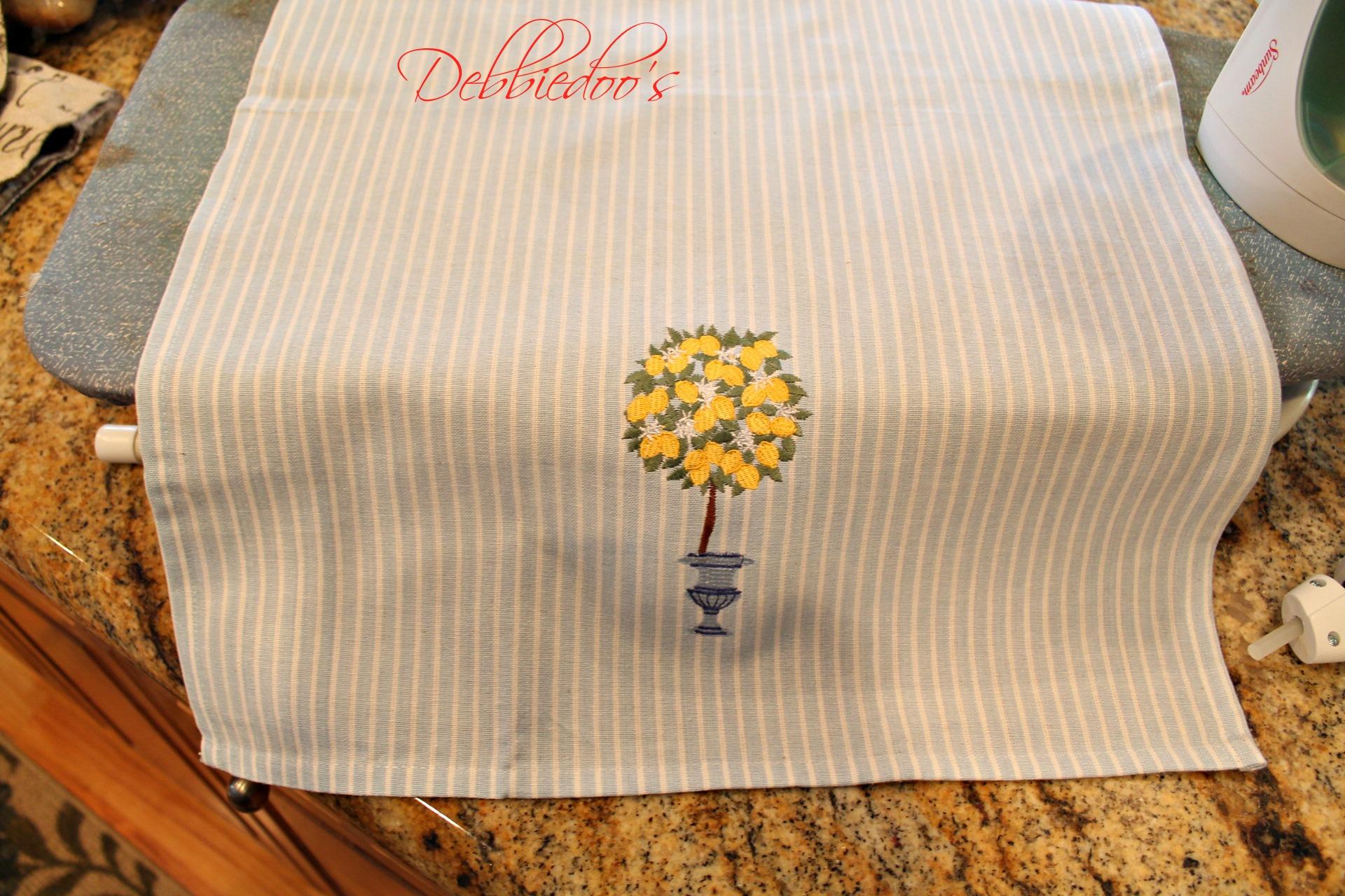 dishtowel pillows 005