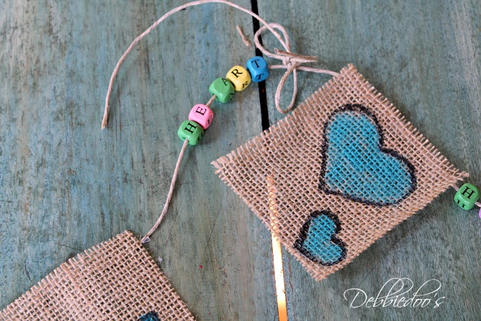 Burlap bird baby banner for a baby shower 048