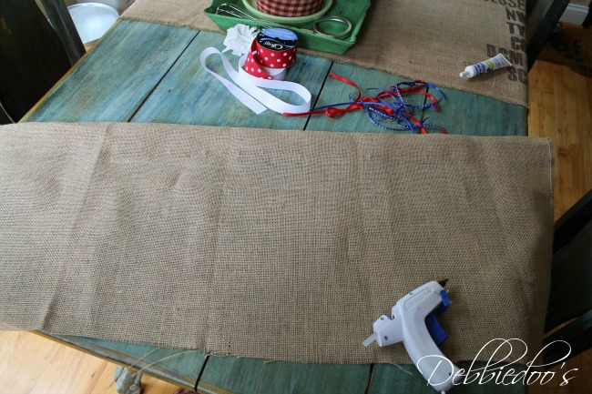 How To Make A No Sew Burlap Valance In A Jiffy Debbiedoos
