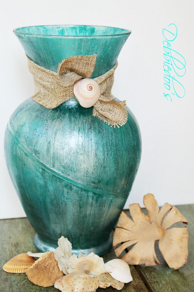 Coastal rit dye vase with mod podge and teal rit dye {Debbiedoo's}