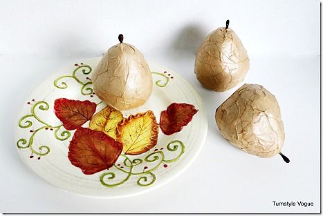 Plastic-Pears-Turned-Into-Modern-Styling-Accents-with-Kraft-Paper-and-Mod-Podge-www.turnstyle141