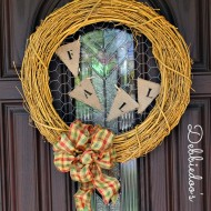 Fall wreath with chicken wire and burlap