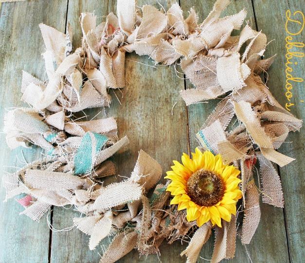 Making a rag wreath