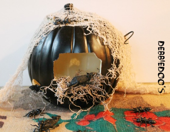 faux pumpkin with mice