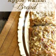Apple-Walnut-Bread-Debbiedoos