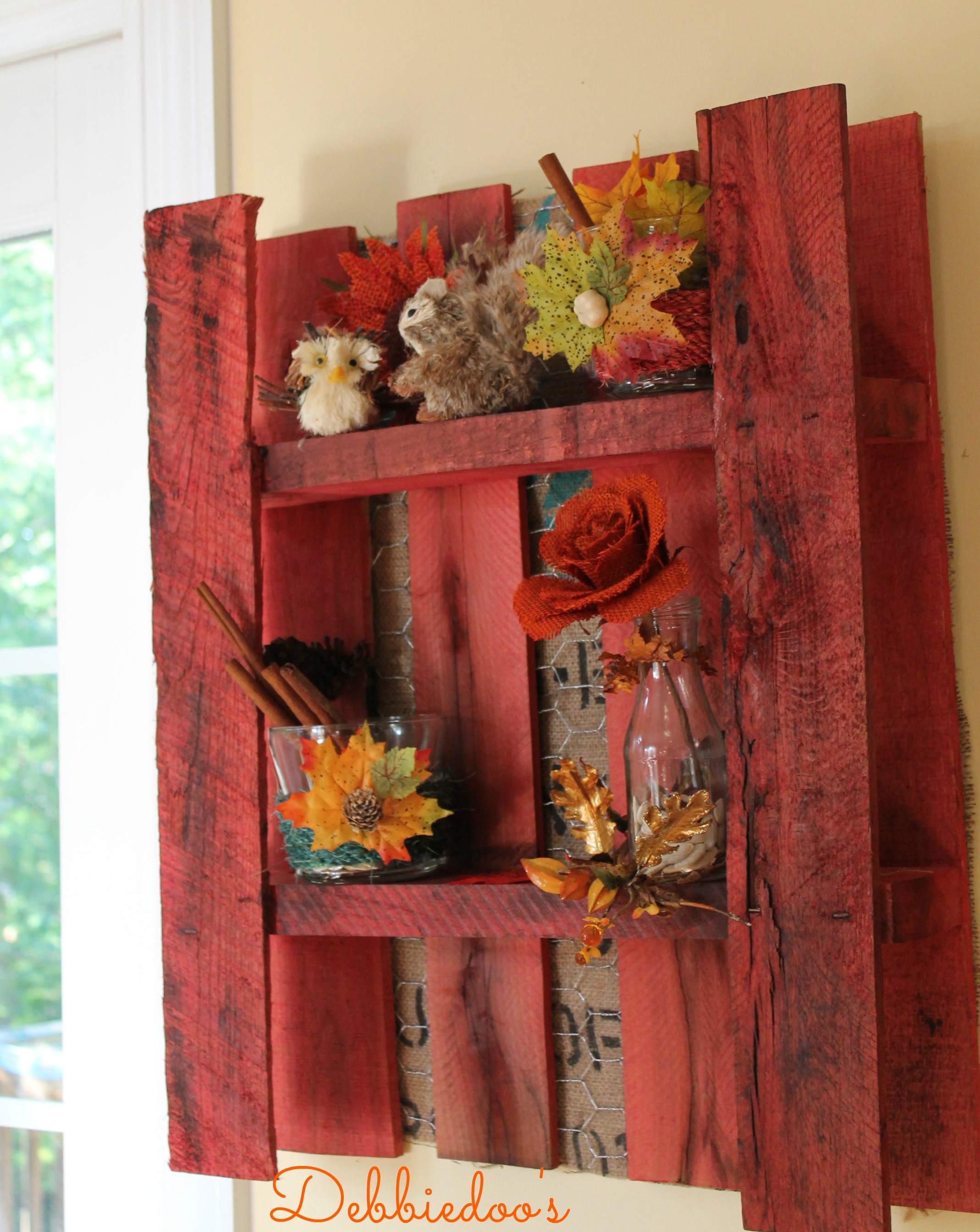 Pallet decorated for fall and painted with rit dye