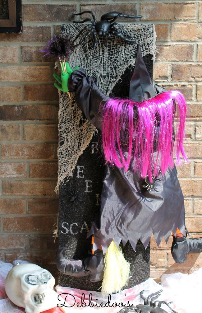 Halloween craft with styrofoam