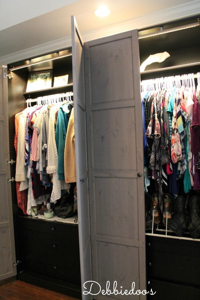 floors closet and vase 016