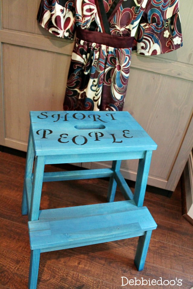Step stool painted with Rit dye 001