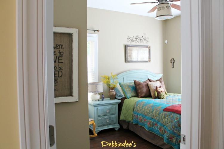 guest room ideas on a budget debbiedoos