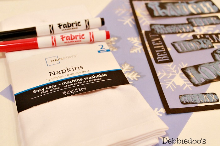 diy-holiday-napkins-with-fabric-markers-004