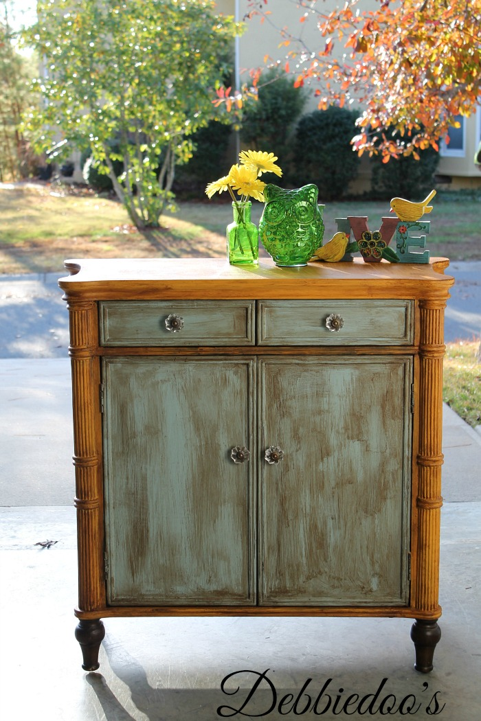 furniture painted with chalk paint by DecoAmericana 003