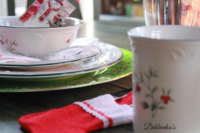 pfaltzgraff winterberry dishes 001