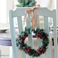 Christmas-Home-Tour-2013-Dollar-Tree-Wreath1