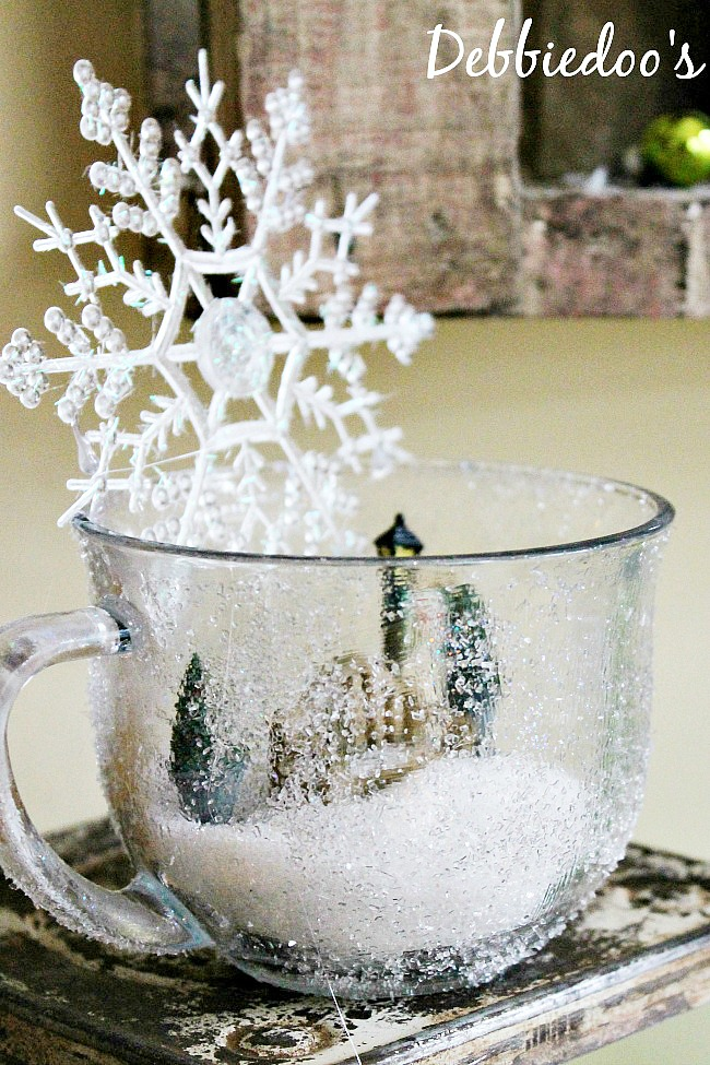 diy frost mug with diamond dust