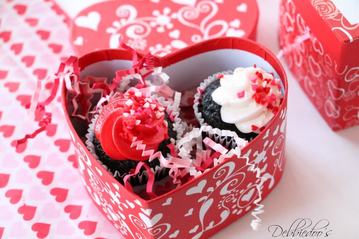 Special packaged and presented Valentine treats 005