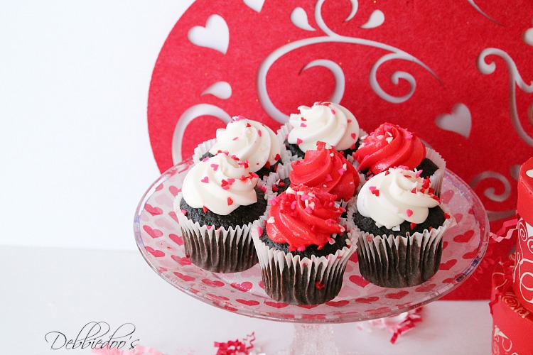 Special packaged and presented Valentine treats 012