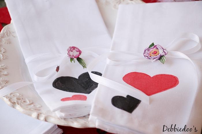 diy valentine napkins 028