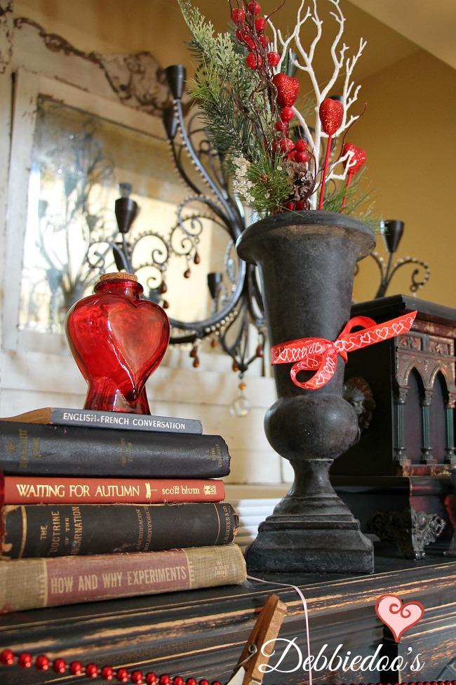 fireplace mantel vignettes for V-Day