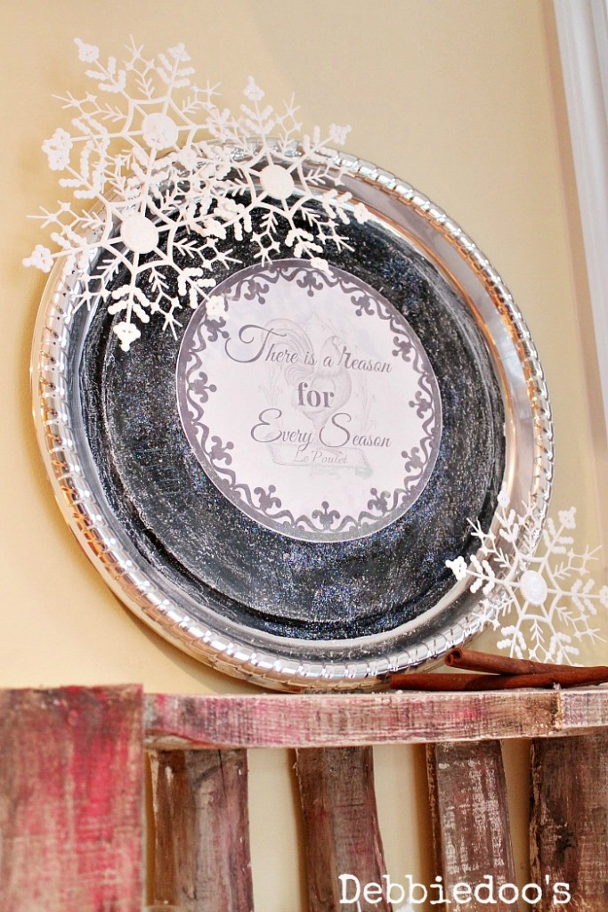 how-to-make-a-winter-wall-platter-from-the-dollar-tree
