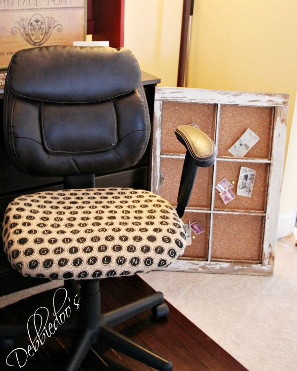 chair in burlap 031