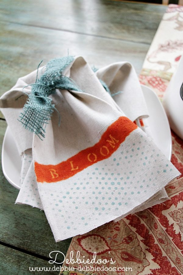 diy drop cloth spring napkins stenciled 003