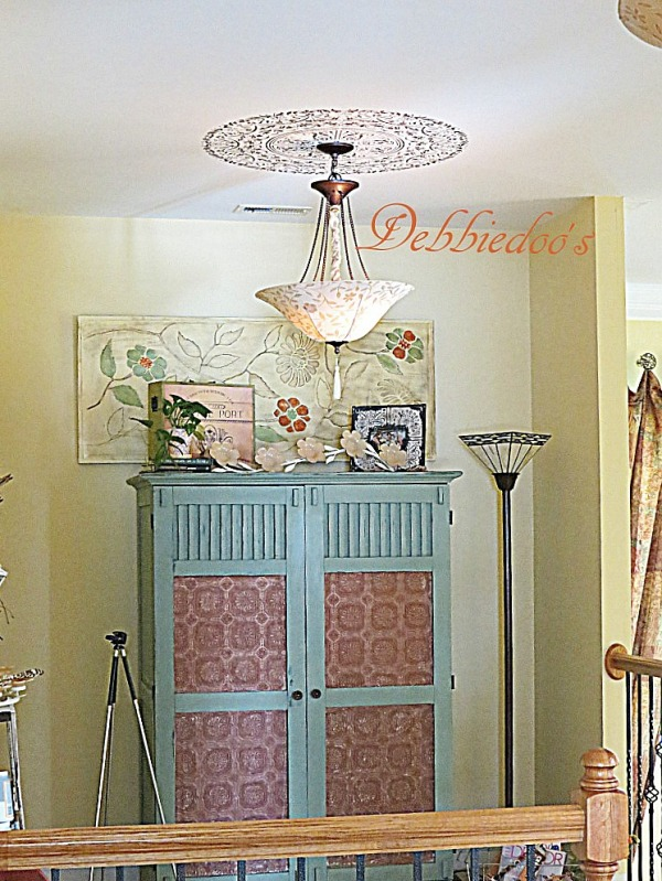 Armoire painted in Lacraie