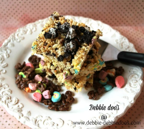 rice krispie treats topped with oreos