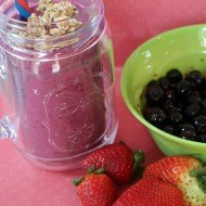 How to make a breakfast smoothie with Carnation Breakfast essentials