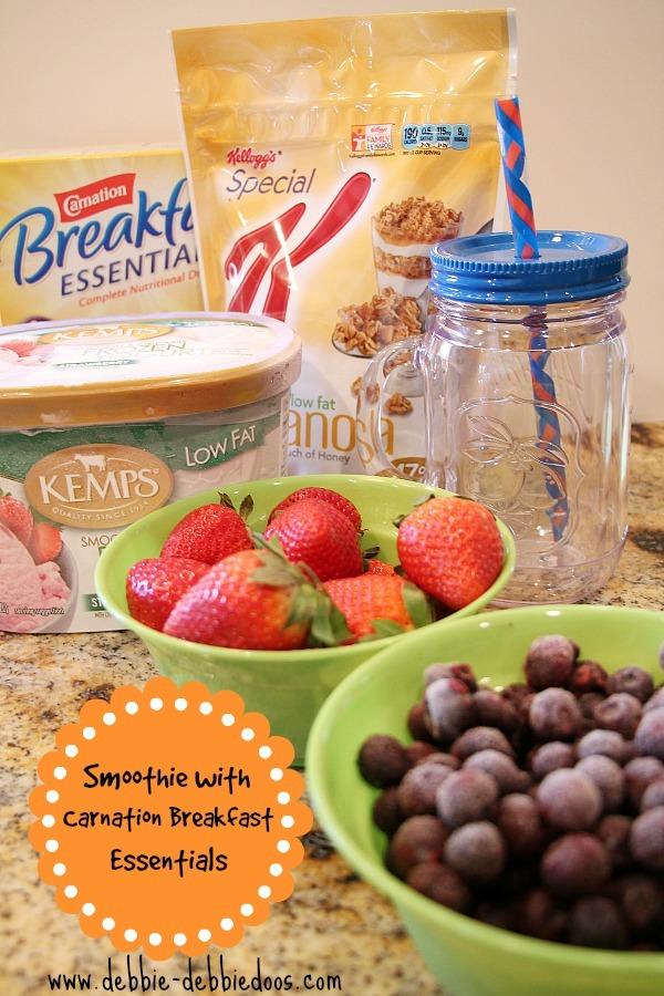 How to make a smoothie with Carnation Breakfast essentials French Vanilla