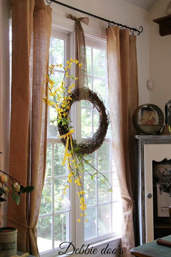 Kitchen window Summer wreath