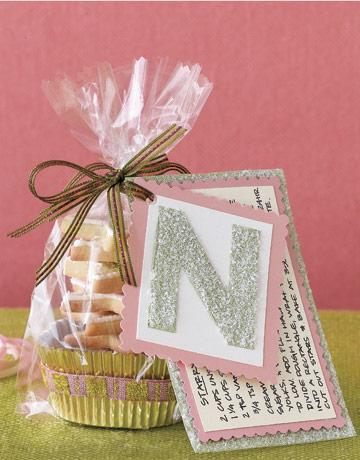 #bakerybecause cookies in cute packaging idea