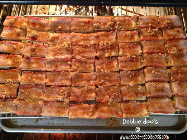 how to make bacon crackers