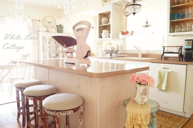 kitchen-island-beadboard