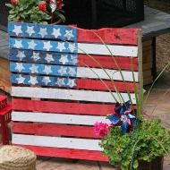 Make a patriotic pallet