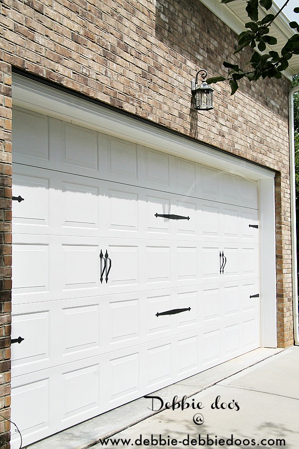 carriage door look on garage 001