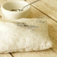 How to make a lavender scented sachet pillow