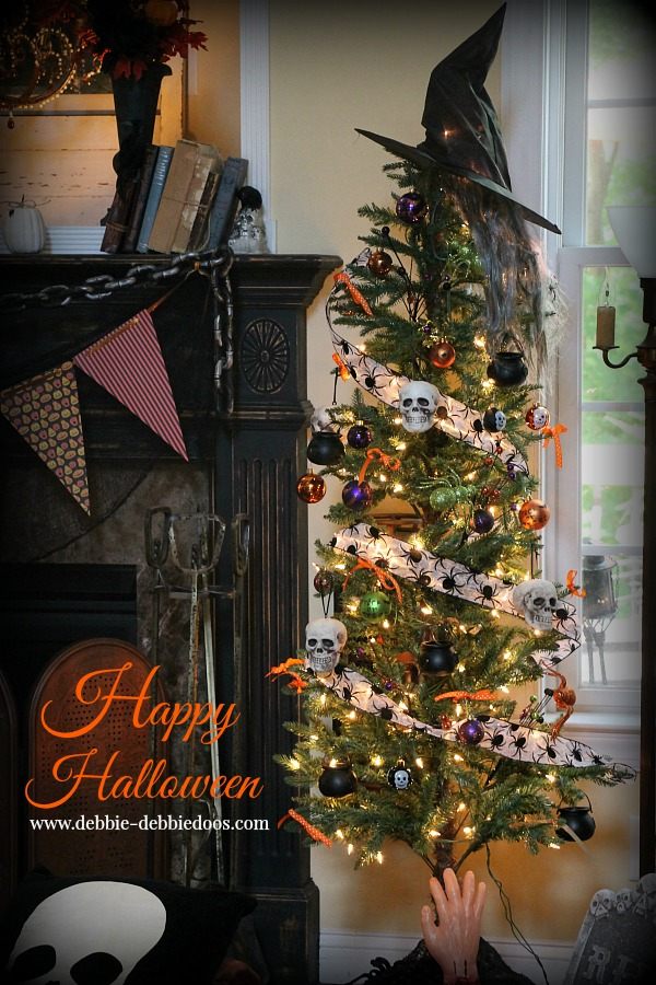 Happy Halloween tree
